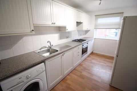 2 bedroom flat to rent - 2 Bedroom Flat in Sandy