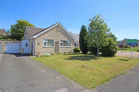 2 bedroom semi-detached bungalow for sale - Gable Point, Woodmancote, Cheltenham, GL52