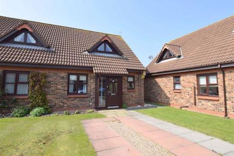 2 bedroom semi-detached house for sale - Meadow View, Cleethorpes, North East Lincolnshire