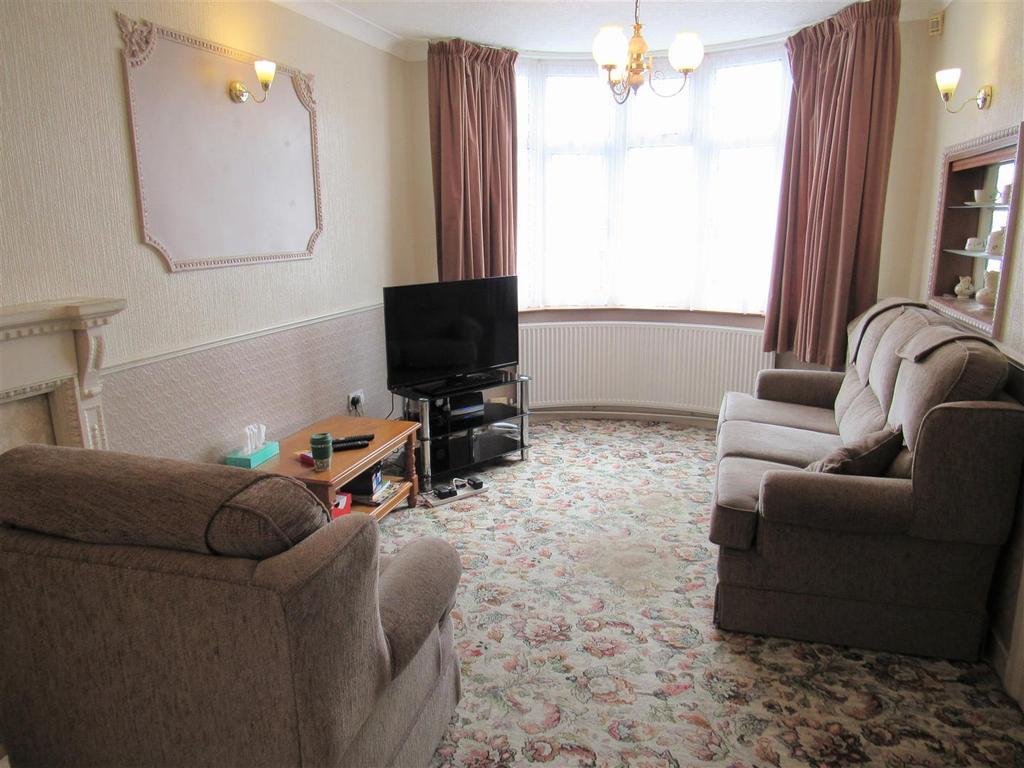 Hobs mt 307 lounge2.jpg
