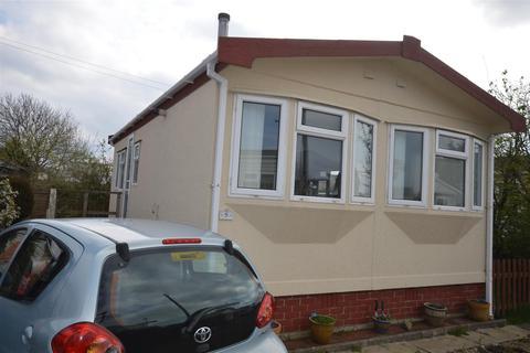2 bedroom park home for sale - Tremarle Home Park, North Roskear, Camborne