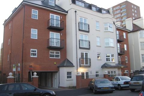 2 bedroom flat to rent - Alexandra Road, Southend-On-Sea