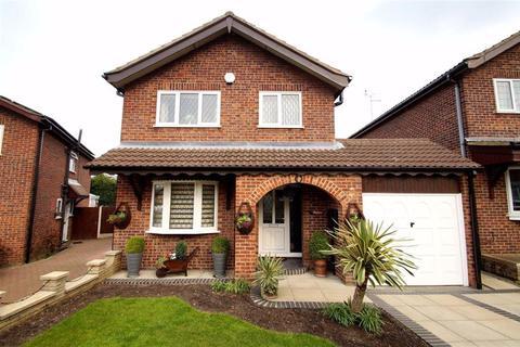 3 bedroom detached house for sale - Spur Drive, Leeds