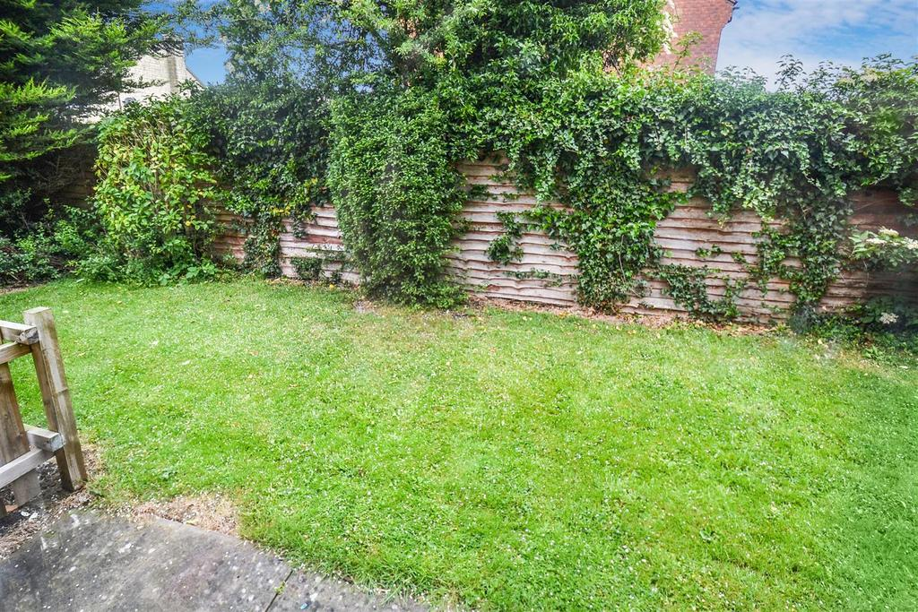 Garden Area.jpg