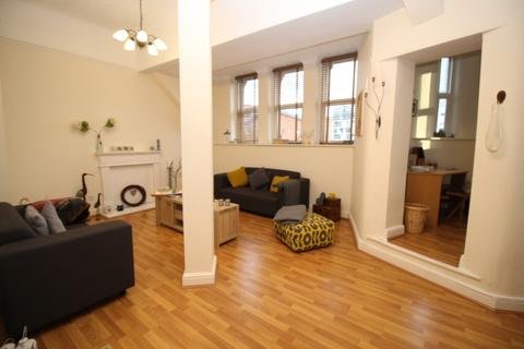 2 bedroom penthouse to rent - Chepstow House, 16-20 Chepstow Street, Manchester, M1