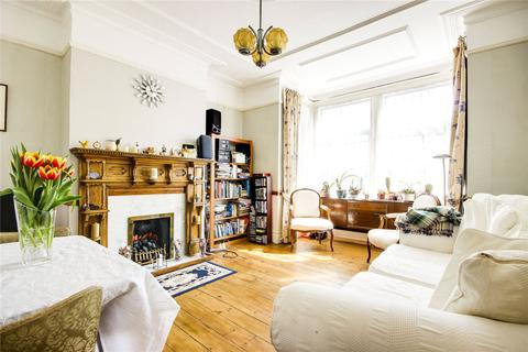 3 bedroom end of terrace house for sale - Warwick Road, Bounds Green, London, N11