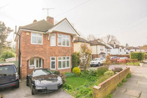 3 bedroom detached house for sale - Friars Avenue, Shenfield, Brentwood, Essex, CM15