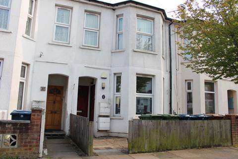 2 bedroom ground floor maisonette for sale - Graham Road, Harrow Weald