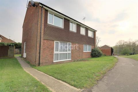 3 bedroom semi-detached house to rent - Burleigh Piece, Buckingham
