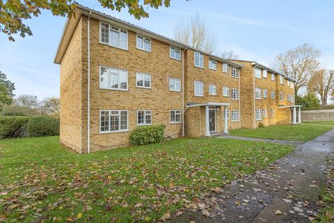 3 bedroom apartment to rent - Staines upon Thames, Surrey, TW18