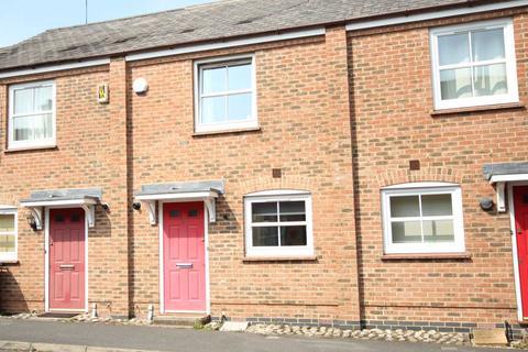 2 bedroom terraced house to rent - Great Meadow Way, Aylesbury