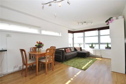 2 bedroom apartment for sale - Priscilla House, Staines Road West, Sunbury-on-Thames, Surrey, TW16