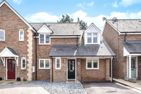3 bedroom semi-detached house for sale - Arkell Gardens, Carterton, OX18