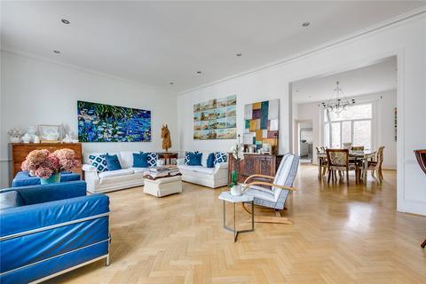 4 bedroom flat for sale - Wilton Crescent, Belgravia