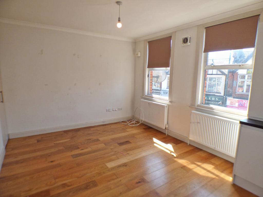 1 Bedroom First Floor Flat to Rent