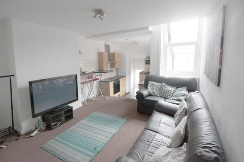 6 bedroom apartment to rent - Newlands Road, Newcastle Upon Tyne