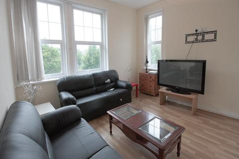6 bedroom house to rent - Wretham Place, Newcastle Upon Tyne