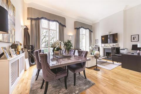 3 bedroom flat for sale - St. Georges Square, SW1V