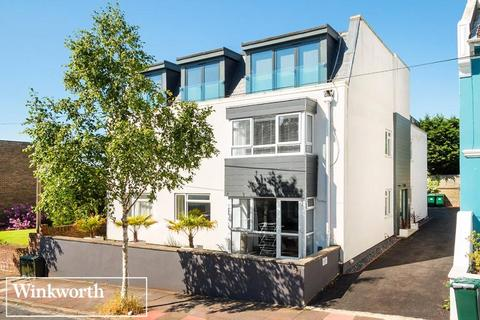 2 bedroom flat for sale - Maldon Road, Brighton, East Sussex, BN1
