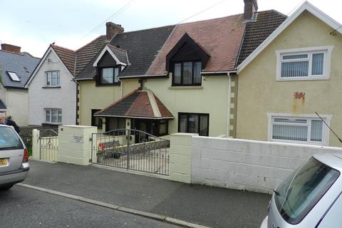 3 bedroom semi-detached house for sale - Harbour Village, Goodwick, Pembrokeshire