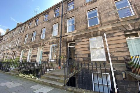 4 bedroom flat to rent - Cumberland Street, New Town, Edinburgh, EH3