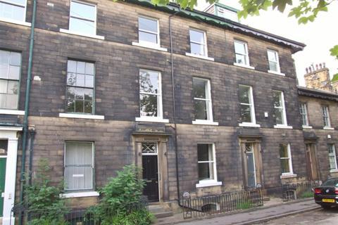 1 bedroom flat to rent - Trinity Place, Blackwall, Halifax, HX1 2BD