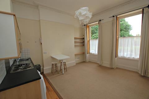 1 bedroom flat to rent - Lansdown Crescent, Cheltenham GL50