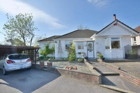 3 bedroom detached bungalow for sale - Gloucester Road, Parkstone, Poole, BH12 2AP