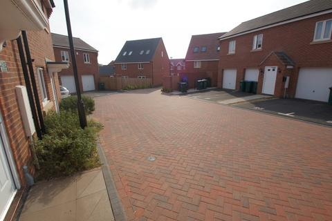 3 bedroom house to rent - Lancers Walk, Coventry CV3