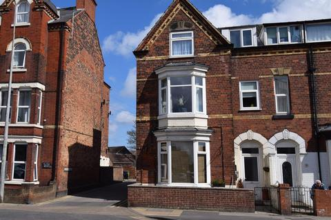 1 bedroom ground floor flat for sale - Flamborough Road, Bridlington, YO15 2HX