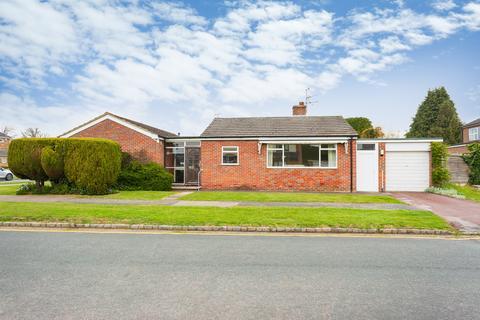 3 bedroom detached bungalow for sale - Beaconsfield