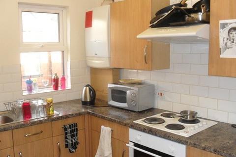4 bedroom terraced house to rent - Headingley Avenue, Leeds, Headingley, WEST YORKSHIRE