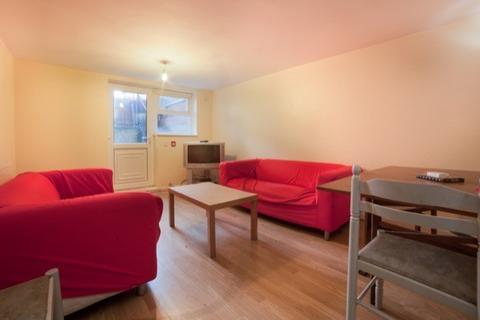3 bedroom apartment to rent - WINSTON GARDENS, Leeds, Headingley, WEST YORKSHIRE