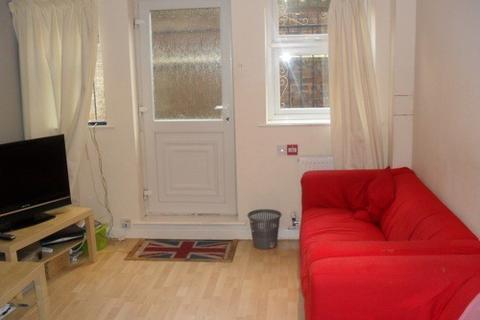 5 bedroom property to rent - HEADINGLEY AVENUE, Leeds, Headingley, WEST YORKSHIRE