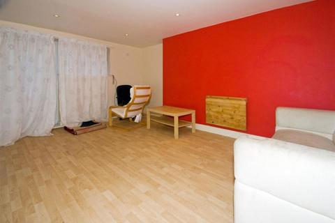 5 bedroom apartment to rent - ESTCOURT AVENUE, Leeds, Headingley, WEST YORKSHIRE