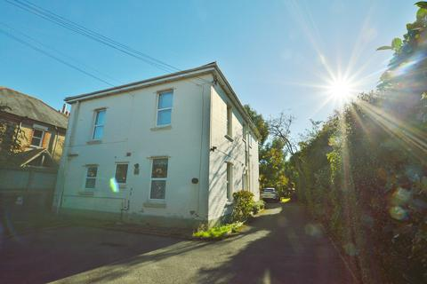 1 bedroom apartment to rent - Richmond Wood Road, Bournemouth BH8