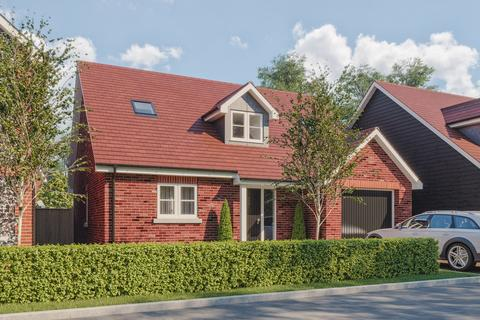 3 bedroom detached bungalow for sale - Clay Lane, Fishbourne, Chichester, PO19
