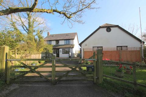 4 bedroom detached house for sale - Frithelstock