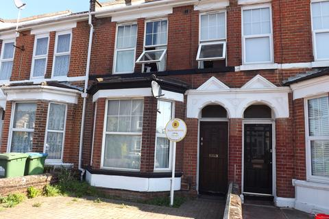 4 bedroom house to rent - Stafford Road, Southampton SO15