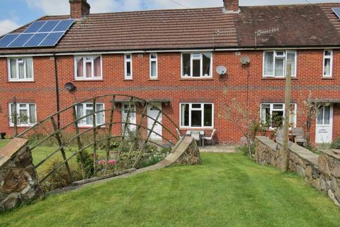 2 bedroom terraced house for sale - Marlborough
