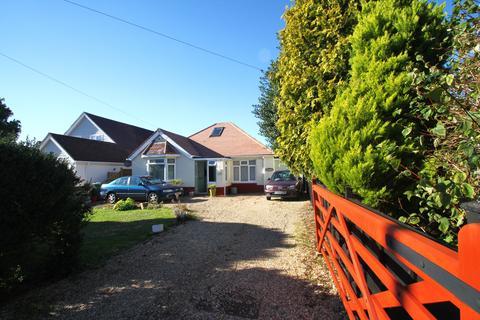 3 bedroom detached bungalow to rent - Brook Lane SO31