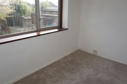 2 bedroom maisonette to rent - HAMPSHIRE AVENUE