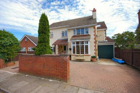 4 bedroom detached house for sale - Abbotts Road, Aylesbury, Buckinghamshire