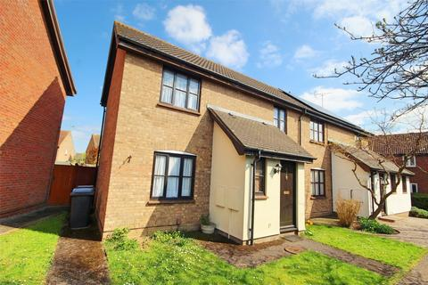 3 bedroom semi-detached house for sale - Pollards Green, CHELMSFORD, Essex