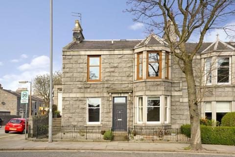 3 bedroom ground floor flat to rent - Mid Stocket Road, Aberdeen, AB15