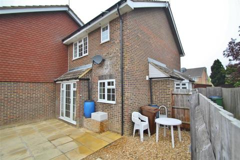 1 bedroom cluster house to rent - Campbell Close, Buckingham