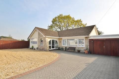 3 bedroom detached bungalow for sale - Plantation Road, Darbys Corner, POOLE, Dorset