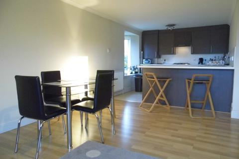 2 bedroom flat to rent - Commissioner Street, Crieff, Perthshire, PH7 4DA