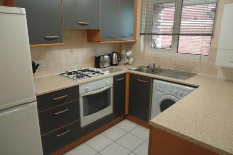 2 bedroom apartment to rent - Greenfield Court