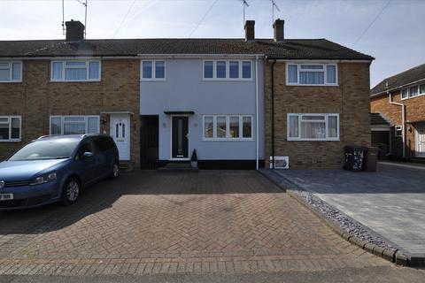 3 bedroom terraced house for sale - Laburnum Drive, Moulsham Lodge